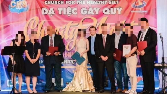 Mỹ phạt cựu mục sư 14 năm tù vì lừa tiền ít nhất 355 người Việt ở quận Cam - Ảnh 1.