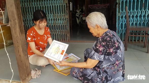 Cô sinh viên chật vật nuôi mơ ước giảng đường được tặng ngay tiền học phí - Ảnh 2.