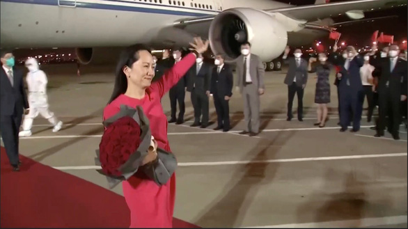 Công chúa Huawei: Về gần tới quê hương, nước mắt tôi tự dưng lưng tròng - Ảnh 1.