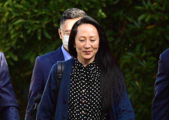 Con gái nhà sáng lập Huawei được phóng thích, bay về Trung Quốc ngay lập tức - Ảnh 1.