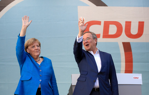 Bầu cử Quốc hội ở Đức: Lộ diện 3 ứng cử viên kế nhiệm bà Merkel - Ảnh 2.