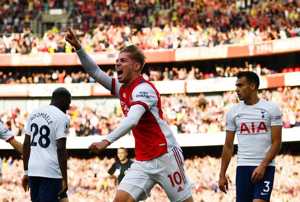 Thua Arsenal 1-3, Tottenham nhận thất bại thứ 3 liên tiếp ở derby London - Ảnh 1.