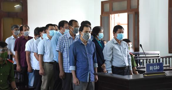 Cựu phó giám đốc Sở Nội vụ bị tuyên án 2 năm tù vụ lộ đề thi công chức - Ảnh 3.