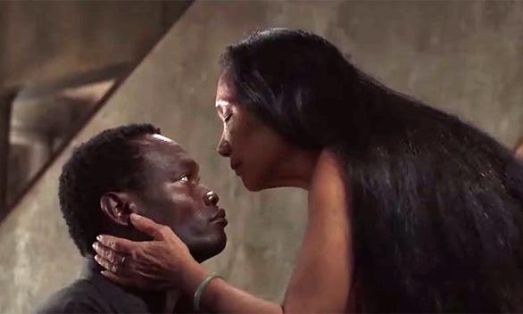 Phim Việt khổ khi bị cấm vì cảnh khỏa thân quá dài, quy chụp xuyên tạc hiện thực - Ảnh 2.