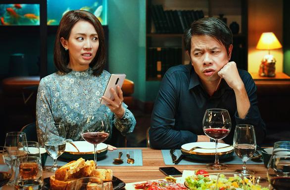 Phim Việt khổ khi bị cấm vì cảnh khỏa thân quá dài, quy chụp xuyên tạc hiện thực - Ảnh 5.