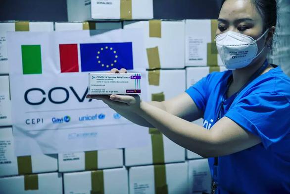 Ý viện trợ thêm 1,2 triệu liều vắc xin cho Việt Nam - Ảnh 1.