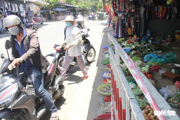 8 nhóm hoạt động được mở, 7 nhóm vẫn cấm theo chỉ thị mới ở Đà Nẵng - Ảnh 1.