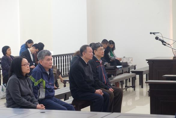 Khai trừ Đảng 2 cựu tổng giám đốc Bảo hiểm xã hội Việt Nam - Ảnh 1.