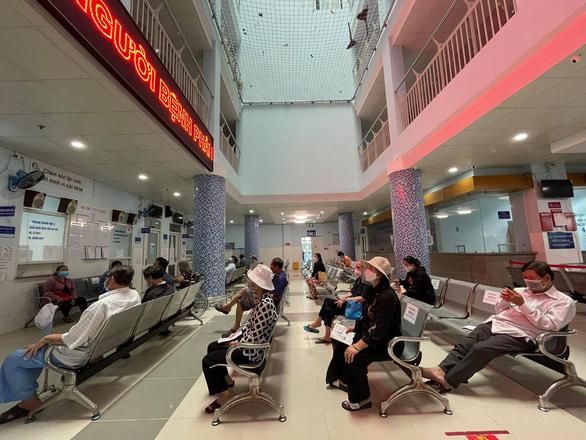 Bệnh viện 'xanh - sạch COVID-19' đầu tiên của TP.HCM khám chữa bệnh cho người dân - Ảnh 1.