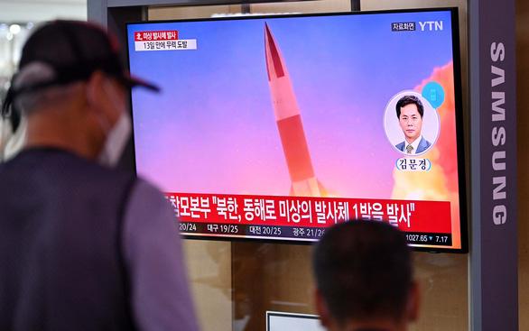Triều Tiên dùng tên lửa thử Mỹ, Hàn - Ảnh 1.