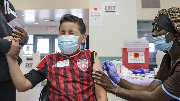 Pfizer trình hồ sơ xin cấp phép vắc xin cho trẻ 5-11 tuổi - Ảnh 1.