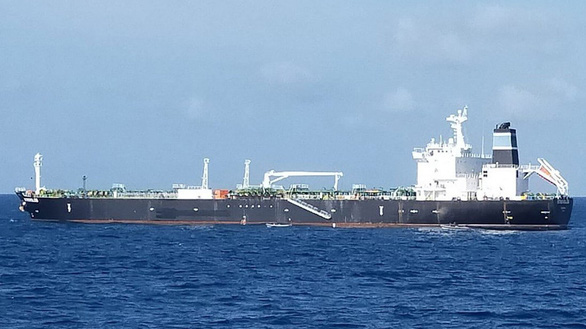 Campuchia sắp lấy lại 300.000 thùng dầu bị 'đánh cắp' - Ảnh 1.