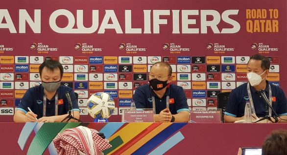 Ông Park lý giải việc không bắt tay HLV Saudi Arabia sau trận - Ảnh 1.