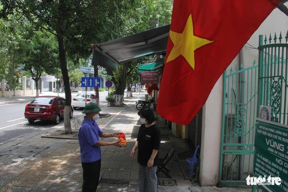 Đà Nẵng cho mở lại chợ và quán ăn ở vùng xanh từ ngày 5-9 - Ảnh 1.