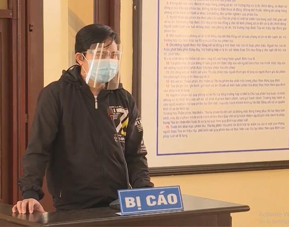 Bị phạt 5 năm tù vì làm lây lan dịch bệnh COVID-19 - Ảnh 1.