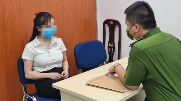 Khởi tố quản lý, bảo vệ khách sạn ở phố cổ Hà Nội cho khách mua bán dâm giữa mùa dịch - Ảnh 1.