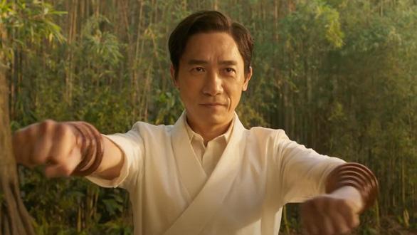 Thắng lớn ở Mỹ, siêu anh hùng châu Á Shang-Chi còn bị miệt thị ở Trung Quốc? - Ảnh 3.