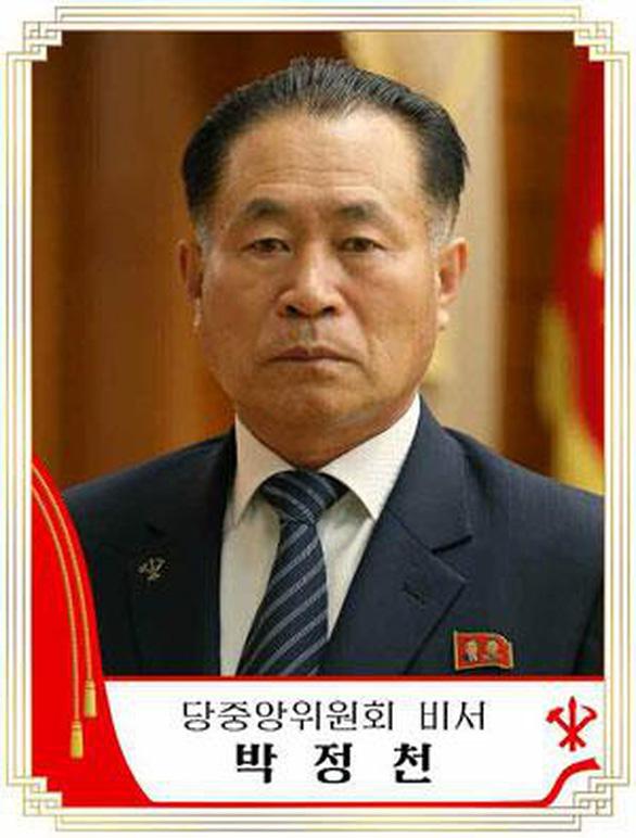 Triều Tiên đưa tổng tham mưu trưởng vào ban thường vụ Bộ Chính trị - Ảnh 2.