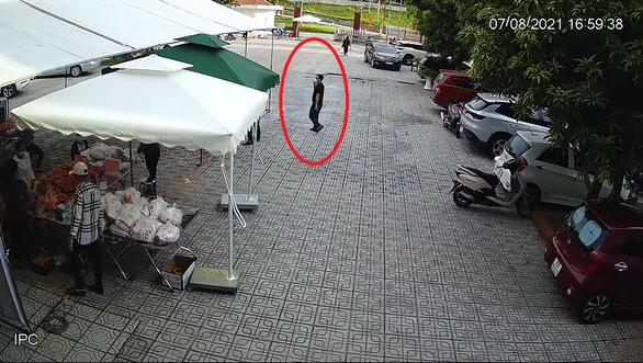 Bị tố đánh bạc trong mùa dịch, chủ tịch phường ở Hà Nội khẳng định không vi phạm - Ảnh 2.