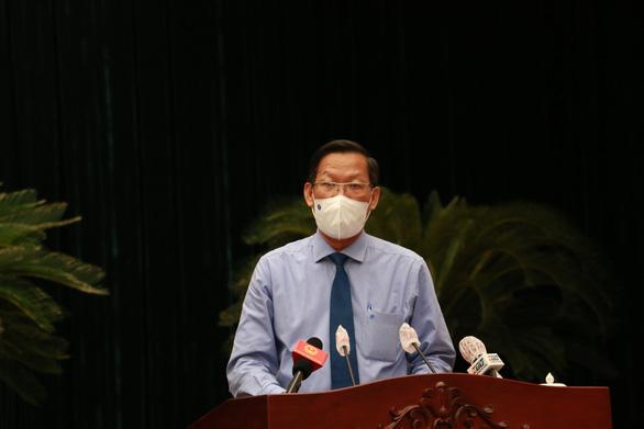 Chủ tịch UBND TP.HCM Phan Văn Mãi: Nghiên cứu đề xuất thẻ xanh vắc xin - Ảnh 1.