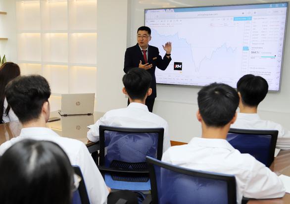 Trung tâm mô phỏng kế toán SIU, giải pháp đào tạo thực tế - Ảnh 3.