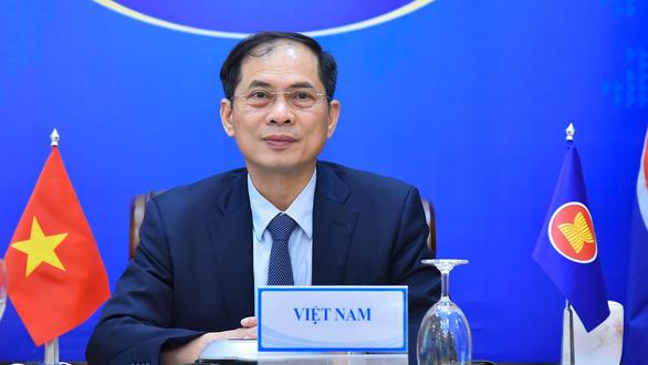 Việt Nam đề nghị Singapore nhượng lại vắc xin dôi dư - Ảnh 1.