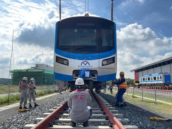 Do dịch COVID-19, metro số 1 lại lùi cuối năm 2023 hoặc đầu 2024 mới hoàn thành - Ảnh 1.