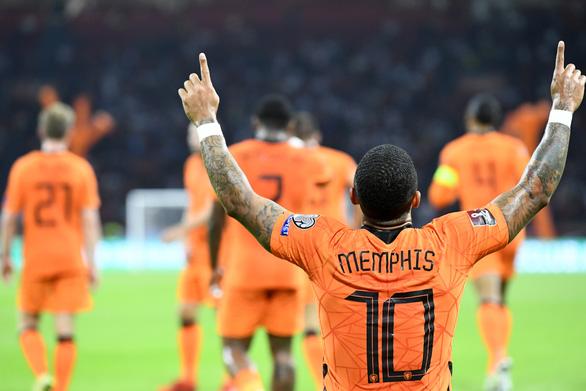 Depay lập hat-trick, Hà Lan đè bẹp Thổ Nhĩ Kỳ và lên đầu bảng - Ảnh 4.