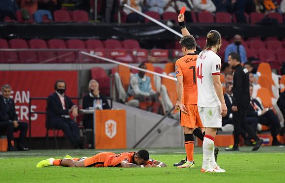 Depay lập hat-trick, Hà Lan đè bẹp Thổ Nhĩ Kỳ và lên đầu bảng - Ảnh 3.