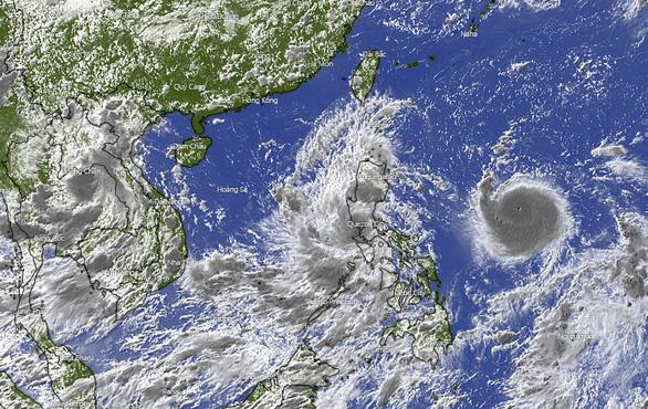 Bão Chanthu ghì chân bão Conson, hút gió tây nam gây mưa lớn cho Nam Bộ - Ảnh 1.