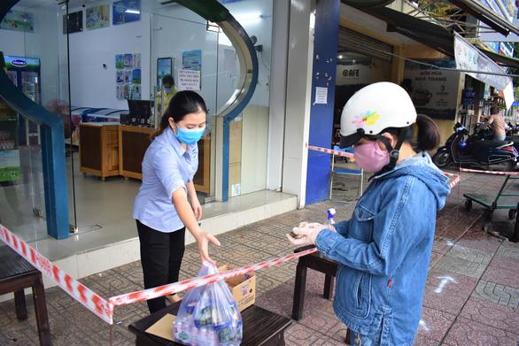 Vùng xanh lan rộng nhanh đến hơn 88% thôn, tổ dân phố ở Nha Trang - Ảnh 2.