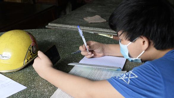 Giải bài toán thiết bị, đường truyền cho dạy học trực tuyến - Ảnh 1.