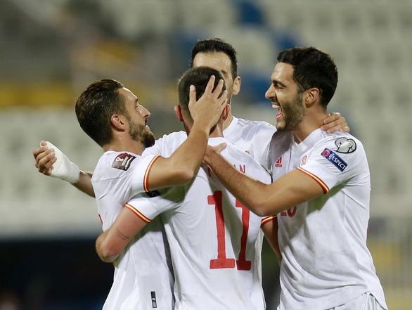 Ba Lan chấm dứt chuỗi trận toàn thắng của tuyển Anh - Ảnh 3.