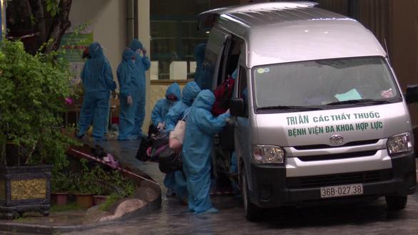 Chuyển 500 người khỏi ổ dịch COVID-19 tại bệnh viện tư nhân lớn nhất Thanh Hóa - Ảnh 1.