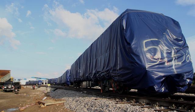3 đoàn tàu đường sắt Cát Linh - Hà Đông đã về đến Hà Nội - Ảnh 2.
