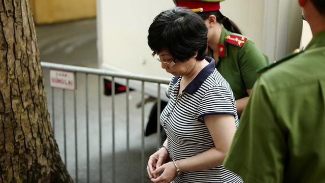 Cựu đại biểu Quốc hội Châu Thị Thu Nga nhận án chung thân - Ảnh 1.
