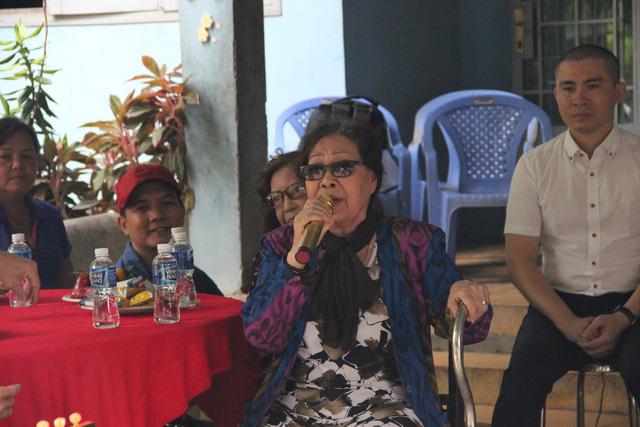 Nghệ sĩ cải lương đến thăm nghệ sĩ Diệu Hiền, Ngọc Hương… - Ảnh 6.