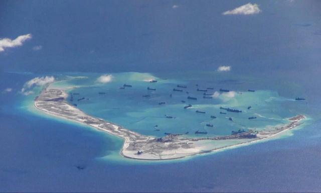 Trung Quốc tiếp tục xây dựng trên Biển Đông - Ảnh 1.