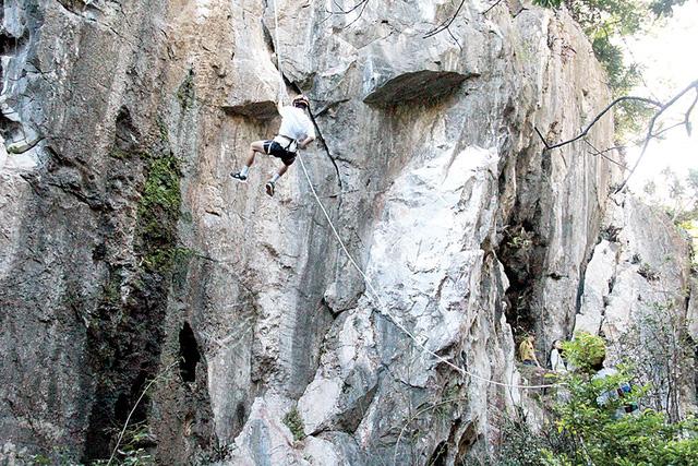 Ngũ Hành Sơn - Danh thắng núi đá kỳ lạ - Kỳ cuối: Giành lại thủy tú sơn kỳ - Ảnh 3.