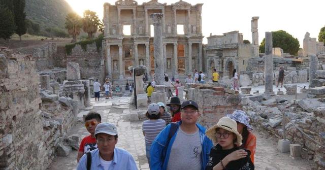Ngành du lịch cần làm gì để đón đầu khách Trung Quốc? - Ảnh 1.