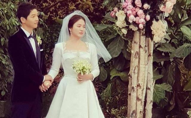Những điều khiến fan phát điên trong đám cưới Song - Song - Ảnh 17.