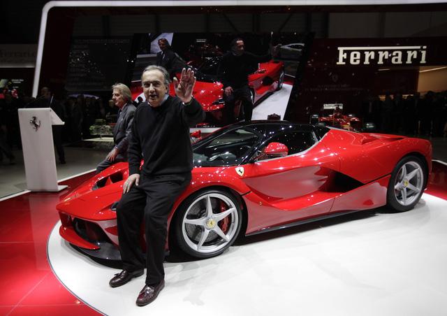 Sếp Ferrari chê xe điện chưa chắc đã tốt cho môi trường - Ảnh 1.