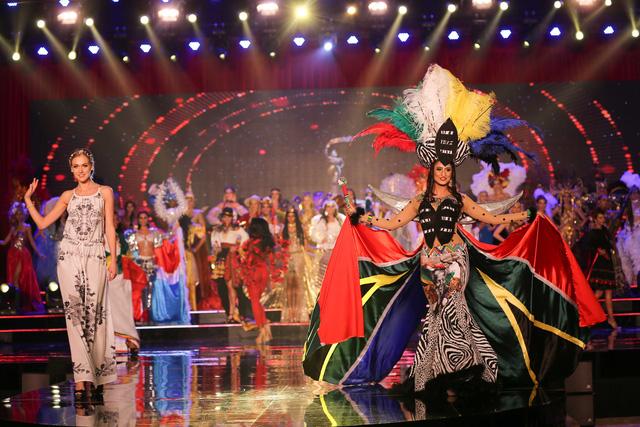 Huyền My vào top 5 được yêu thích ở  Hoa hậu hòa bình thế giới - Ảnh 4.