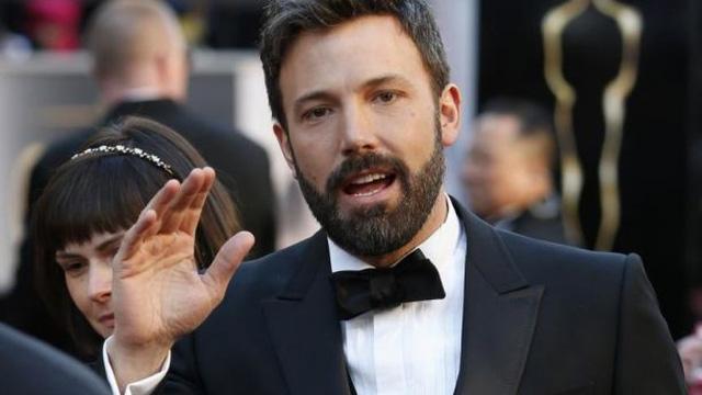Ben Affleck bị tố bóp ngực và mông nữ diễn viên - Ảnh 1.