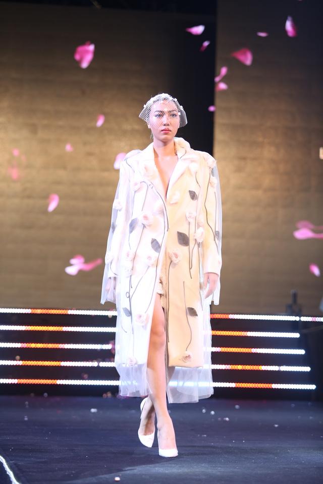 Lâm Gia Khang và màn trình diễn hoành tráng Dấu ấn nàng hương - Ảnh 6.
