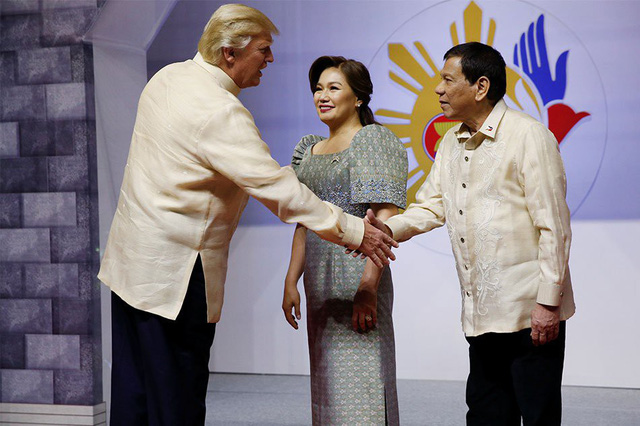 Những bí mật về lễ phục Thượng đỉnh ASEAN - Ảnh 1.