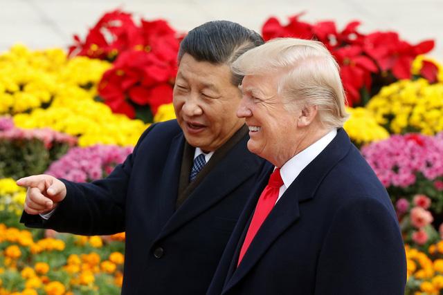 Tổng thống Trump cười tươi với 280 tỉ USD ở Trung Quốc - Ảnh 1.