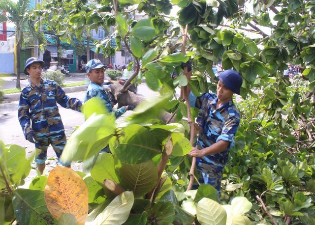 Những người lính trẻ trong vùng bão số 12 - Ảnh 6.