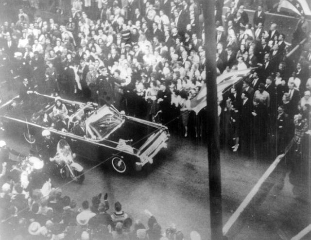 Ông Trump cho phép công khai hồ sơ vụ ám sát Kennedy - Ảnh 1.