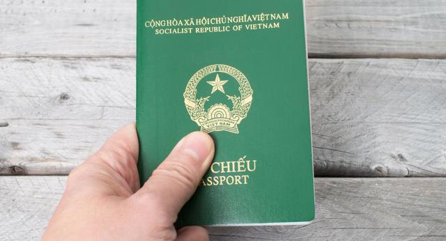Bộ Ngoại giao bác tin đồn Đức ngừng cấp visa cho công dân VN - Ảnh 1.